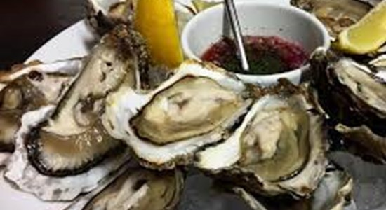 Oysters with Shallot, Red Onion and White Wine Vinegar Dressing - Fishbox