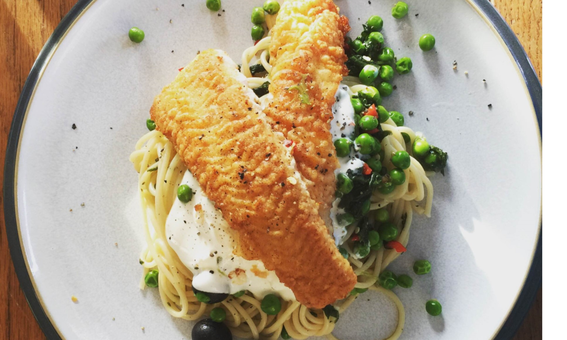 Forkbead with Spaghetti, peas, spinach & sour cream