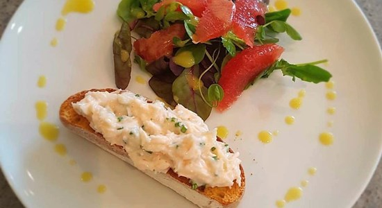 Citrus Crab Salad with Grapefruit and Sourdough Toast